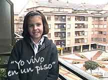Primary Spanish - children showing where they live